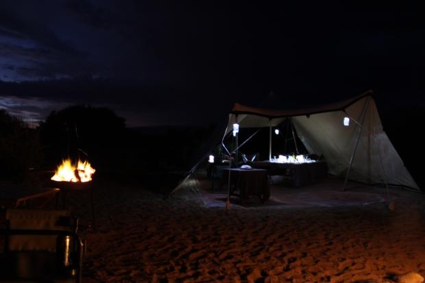 Nachts im Camp